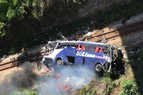 Motorista disse que ônibus ficou sem freios