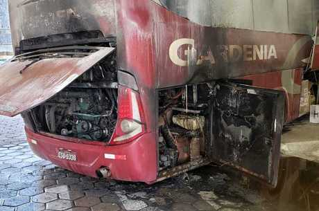 Funcionários da empresa ajudaram apagar as chamas
