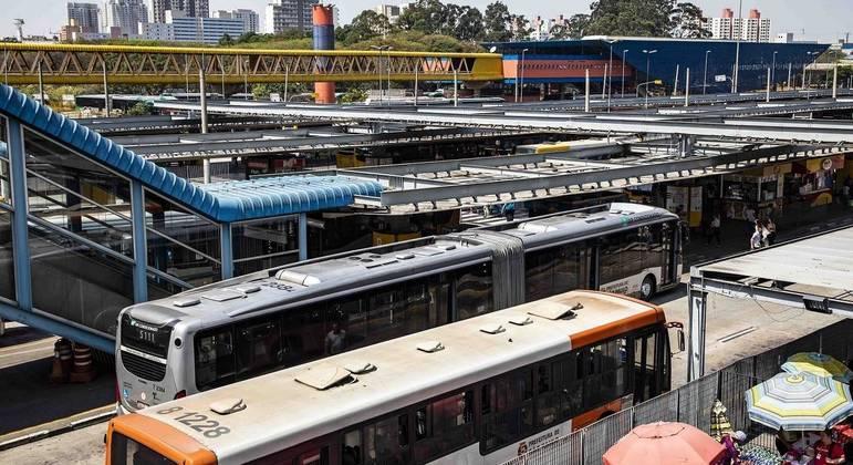 Manifestações desta terça-feira (7) alteram circulação de ônibus em São Paulo