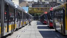 Após reunião com Doria, motoristas suspendem greve de terça em SP