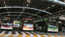 Nove ônibus são depredados e mais de 60 linhas afetadas em São Paulo