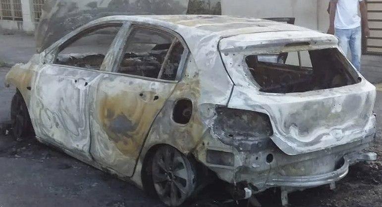 Carro ficou completamente destruído após caso de incidente na Bahia