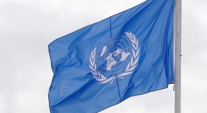 Bandeira da ONU hasteada durante evento da COP22 no Marrocos, em 2016