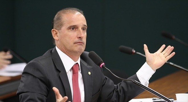Onyx Lorenzoni refuta possível ida ao Ministério da Cidadania