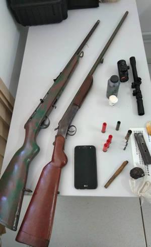 A operação apreendeu armas de fogo
