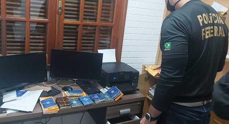 PF cumpre mandados e tenta desarticular esquema de corrupção e fraudes no INSS de SP