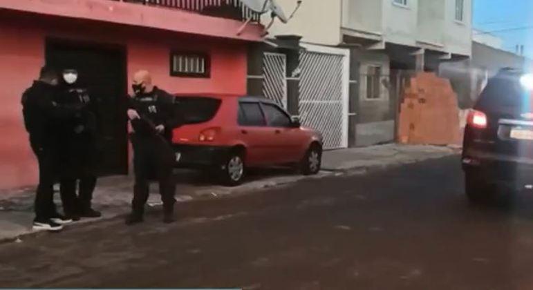 Em SP, polícia cumpre mandados em Santo André, Ribeirão Preto, Campinas e Praia Grande