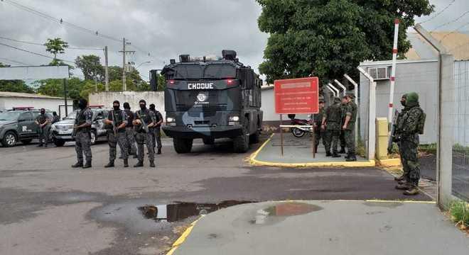 Marcola e líderes do PCC são transferidos para presídios federais