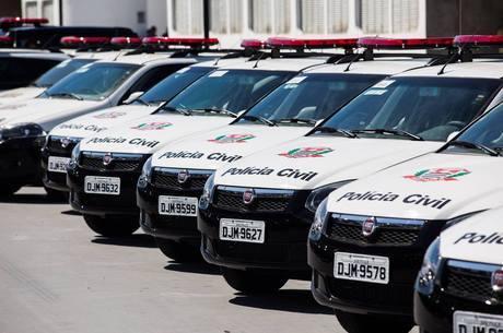 Polícia prende suspeitos de crimes pela internet