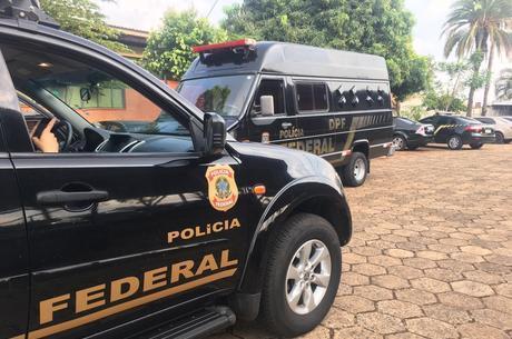 Autoridades cumprem mandados de busca e apreensão