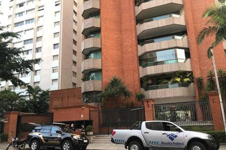 Autoridades cumprem 13 mandados em São Paulo