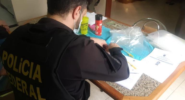 Após ataques, PF de Araçatuba (SP) cumpre mandados de busca e de prisão