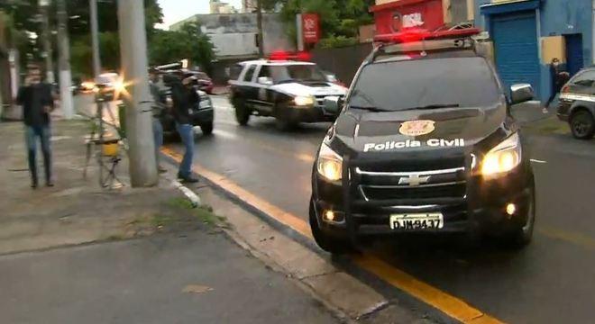 Polícia Civil de SP faz operação contra tráfico de drogas na zona oeste