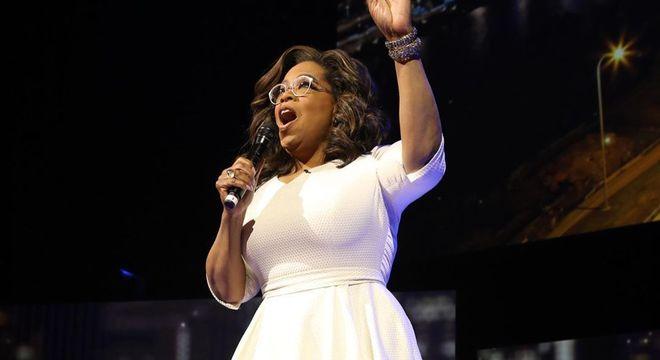 Oprah Winfrey anunciou que fará turnê do bem-estar nos EUA