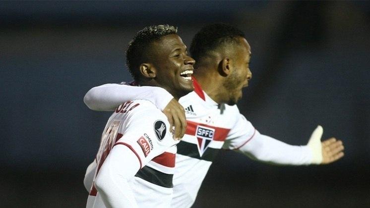 Orejuela - o lateral-direito de 25 anos foi contratado nesta temporada. O seu vínculo com o clube vai até março de 2025.