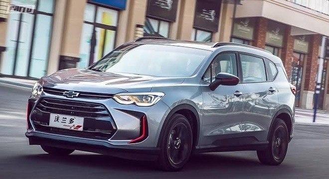 Nova geração da Orlando, minivan que ocupa o lugar da Spin na China, na versão Red Line