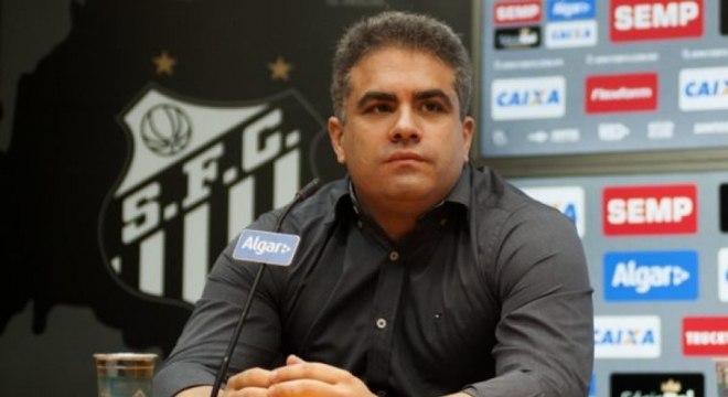 Orlando Rollo é contra acerto com Zé Ricardo e negócio esfriou