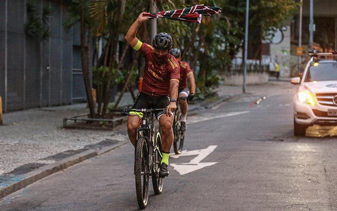 Os 600 km foram completados por Fred e Jefferson Souza, seu preparador físico particular, na trilha da Estrada Real, entre Congonhas/MG e Paraty/RJ na noite da última quinta-feira.