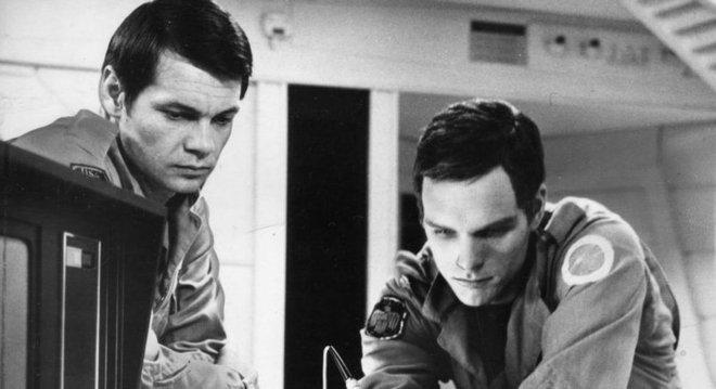 Em '2001: Uma Odisseia no Espaço' (1968), de Stanley Kubrick, um computador altamente capaz se rebela contra os planos de desativá-lo