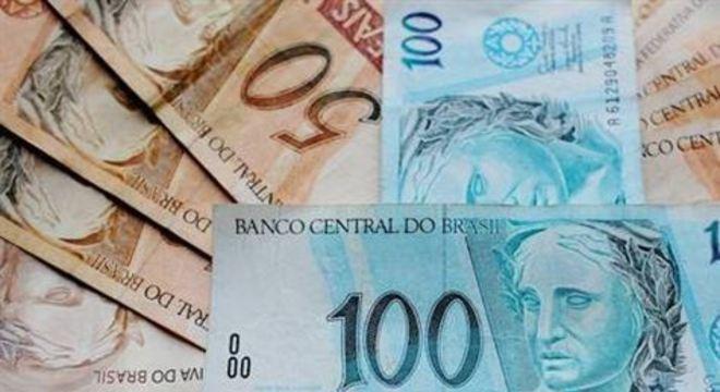 Os bancos ainda afirmaram que não irão cobrar tarifas para a transferência do dinheiro