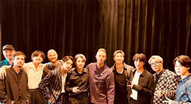 Os britânicos do Coldplay e os sul-coreanos do BTS, em parceria, lançarão a música