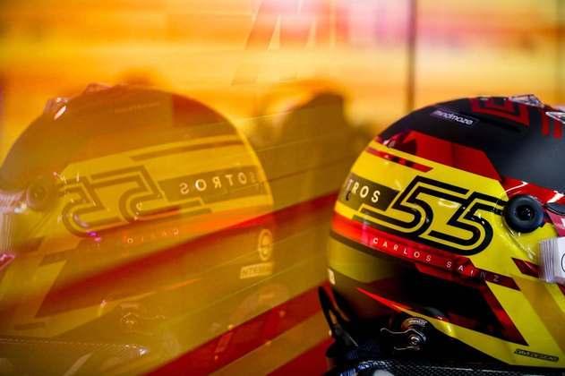 Os capacetes ficaram apenas na estante nesta sexta-feira, como no caso de Carlos Sainz