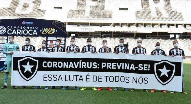 Botafogo já cedeu. E aceita jogar domingo. Com apenas sete dias de treino