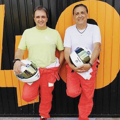 Os jornalistas até aproveitaram para dar uma voltinha em um F1 em Valência