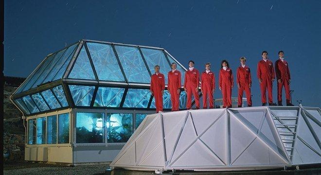 Em 1991, um grupo de oito cientistas voluntários se fechou dentro de uma experiência sem precedentes.