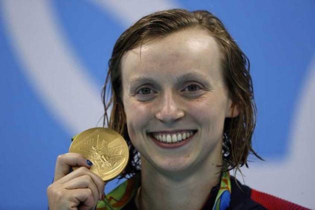 Os recordes olímpicos dos 400m e 800 m livre da natação feminina pertencem a Katie Ledecky. A nadadora dos Estados Unidos obteve o duplo feito na edição do Rio de Janeiro, em 2016.