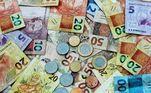 Os rendimentos creditados nas contas de poupança somaram R$ 3,020 bilhões. O saldo da poupança nos bancos ficou em R$ 802,063 bilhões