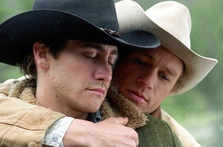 Jake Gyllenhall e Heath Ledger em cena do filme