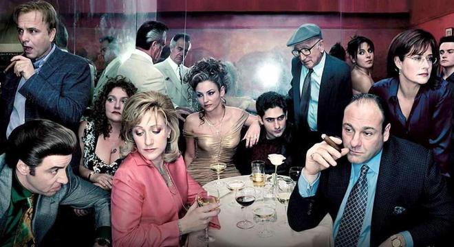 Tony Soprano é uma espécie de Homer Simpson com os ternos de Don Corleone