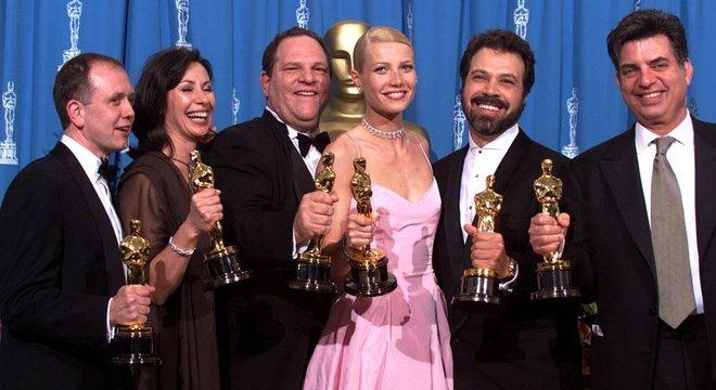 'Shakespeare Apaixonado', da Miramax, ganhou sete estatuetas do Oscar em 1999