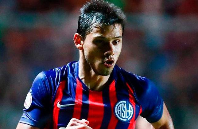 Óscar Romero (Paraguai) - 29 anos - Meia-atacante - Valor de mercado: 4 milhões de euros - Sem time desde: 28/08/2021 - Último clube: San Lorenzo