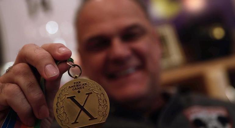 Oscar Schmidt, ouro no Pan de 1987, chegou com moral para Olimpíadas do ano seguinte