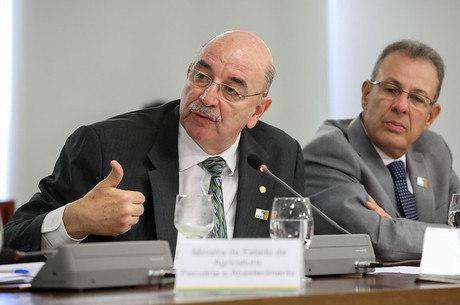 O ex-ministro Osmar Terra ainda está na lista de cotados