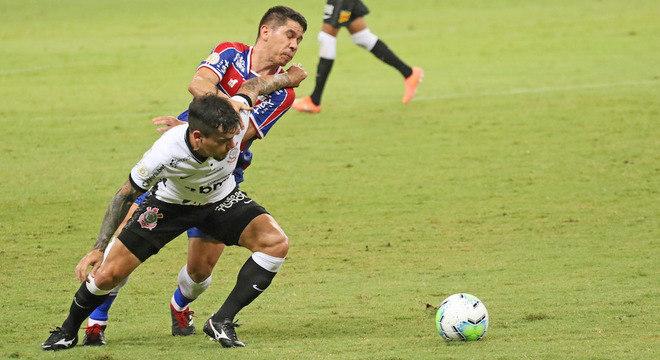 Osvaldo e Fagner travaram duelo interessante nesta quarta na Arena Castelão