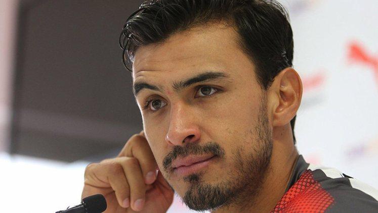 Oswaldo Alanís (32 anos) - Clube: San Jose Earthquakes - Posição: zagueiro - Valor de mercado: 1,7 milhão de dólares.