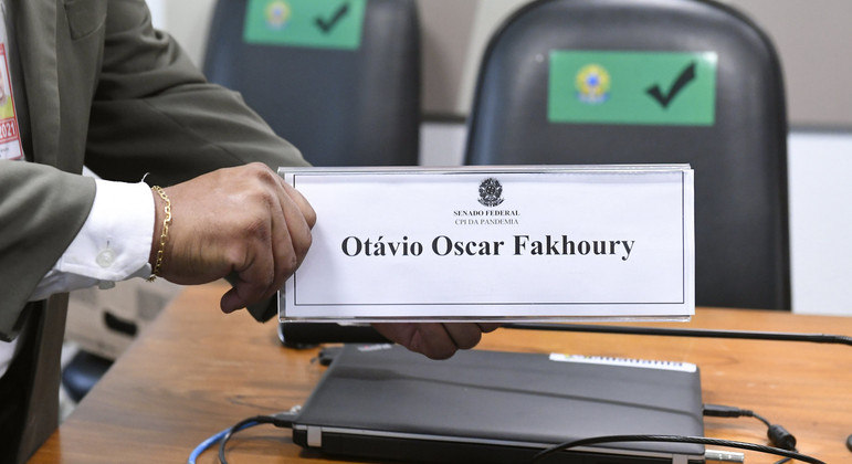 O empresário Otávio Fakhoury depõe nesta quinta à CPI da Covid