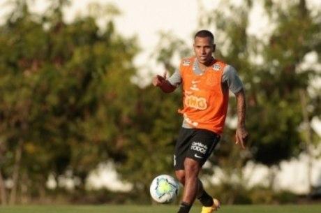 Otero teve gol anulado contra o Botafogo