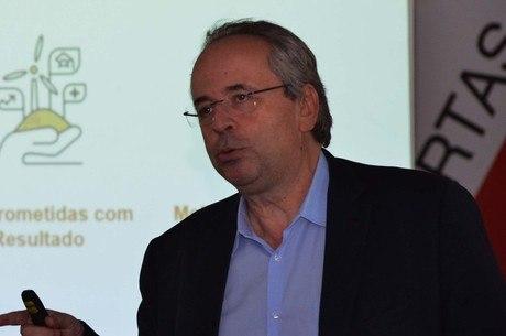 Secretário Otto Levy pede aprovação do projeto