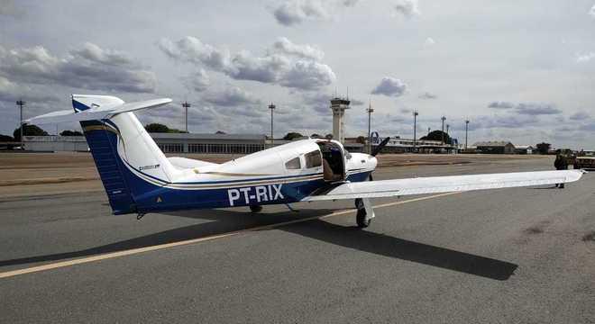 Avião apreendido com ouro em Goiânia