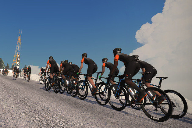 Outra disputa virtual que mobilizou os fãs do ciclismo foi o Haute Route. Em parceria com o Zwift, o torneio virtual atraiu 53.000 atletas de todo mundo em sua primeira edição, que ocorreu entre os dias 3 e 5 de abril.
