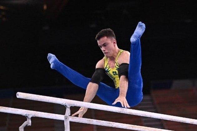 Outro brasileiro que também disputará uma final na ginástica artística é Caio Souza. Ele se classificou para a decisão no salto e no individual geral.