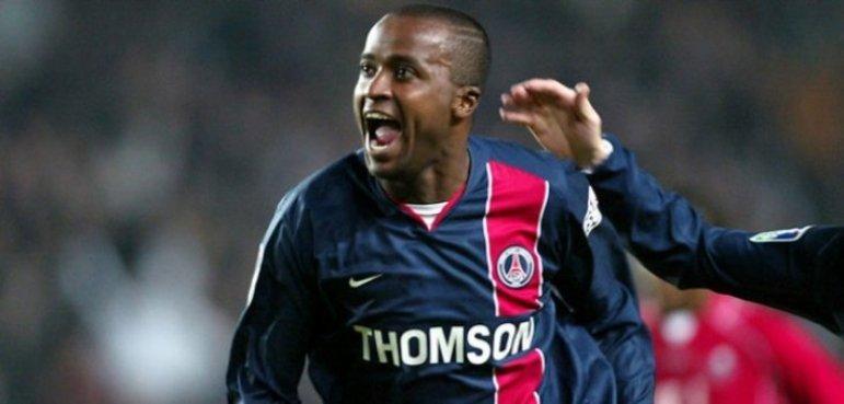 Outro ex-atacante a atuar pelo clube francês foi Reinaldo, que no Brasil fez fama com as camisas de São Paulo e Flamengo. Foram 78 partidas e apenas 15 gols