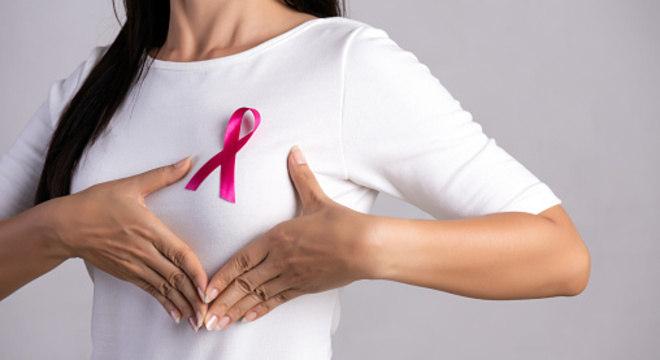 Outubro Rosa, mês da conscientização sobre o câncer de mama