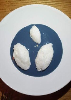 Ovos nevados do extinto Corrutela
