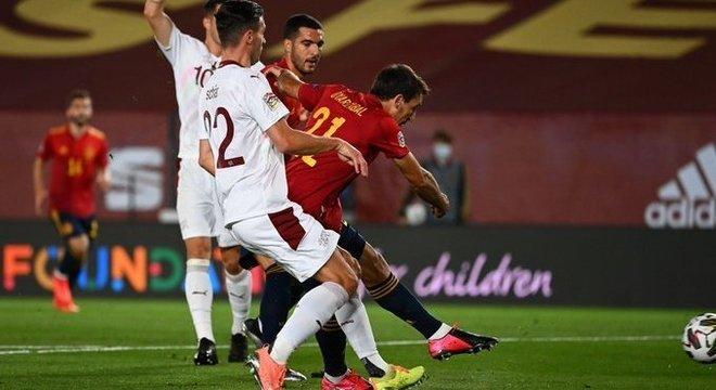 Oyarzabal, Espanha 1 X -0 Suíça