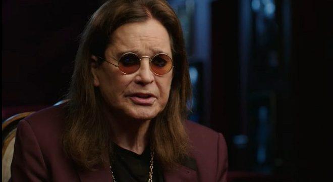Ozzy Osbourne se emociona com mensagens de fãs após revelar doença